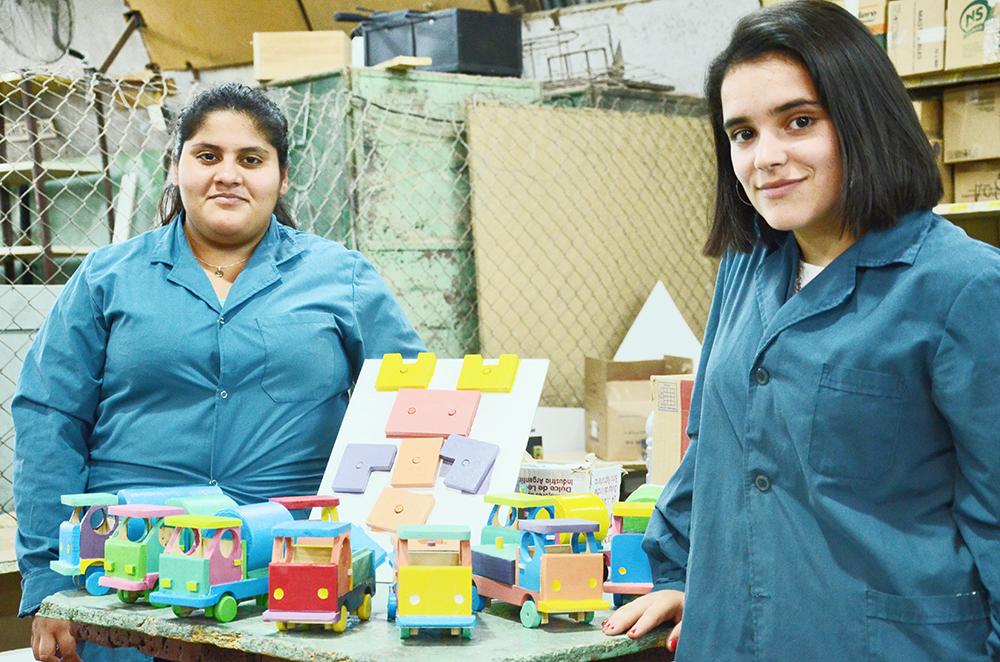 Proyecto Un Unieron Solidarionoticias En De Luján Alumnas Se 0OnPkw